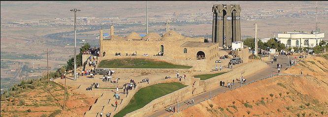 تصویر از کوه و مقبره عون بن علی