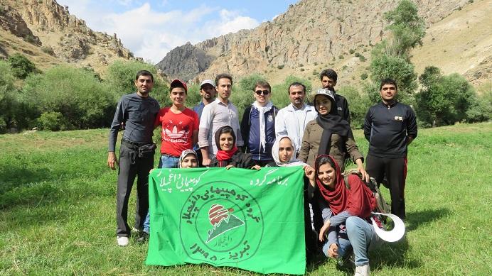تصویر از جمعه ۸ مرداد ۱۳۹۵ – آبشار شرشر سراب