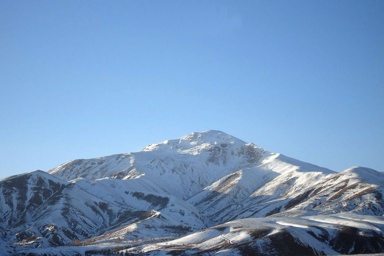 تصویر از قله میشو – مرند