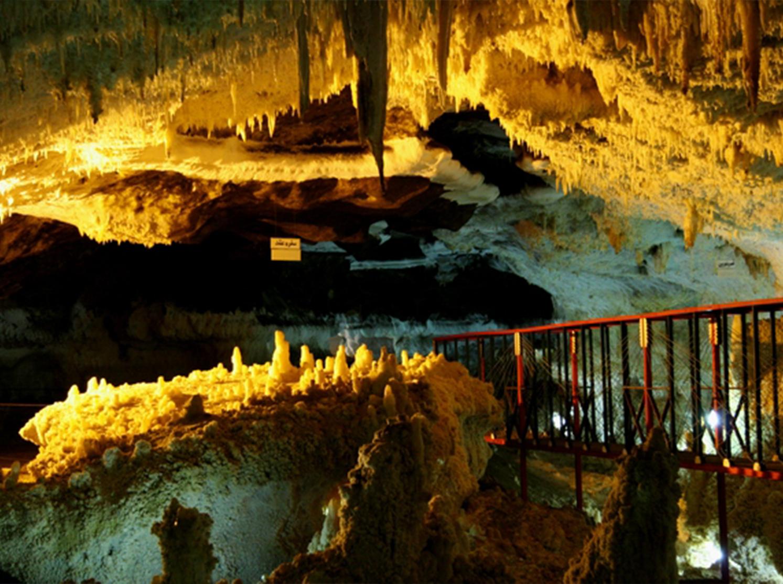 تصویر از غار کتله خور – زنجان