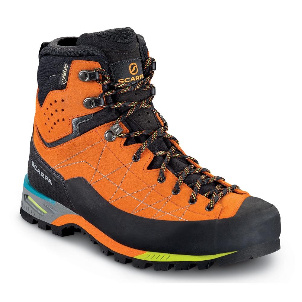 تصویر از خرید و نگهداری کفش های کوهنوردی