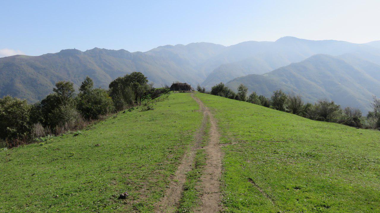 تصویر از برنامه پنجشنبه و جمعه ۲۷-۲۸ مهر ۱۳۹۶ – پیمایش مسیر گیلده گیلان به کله سر نمین