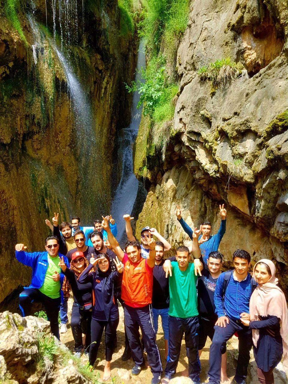 تصویر از برنامه ۴ خرداد – آبشار گل آخور ورزقان